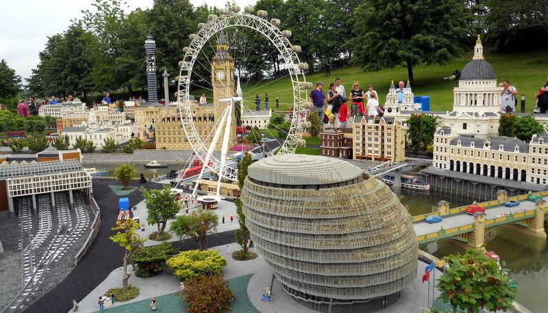 Vaizdai iš Legoland Windsor